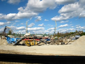072 300x225 Great America Construction and Deconstruction