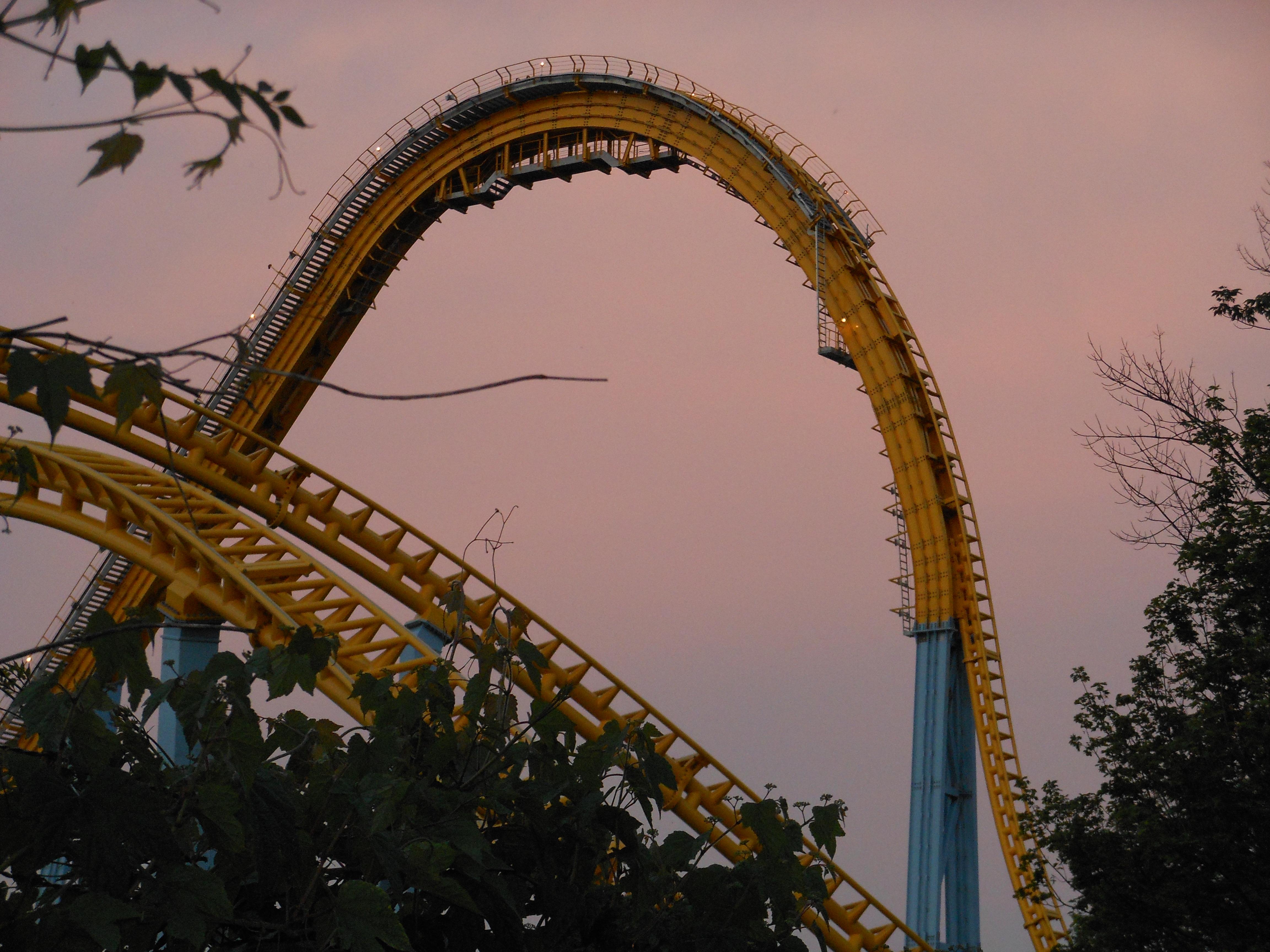 hershey park skyrush sunset