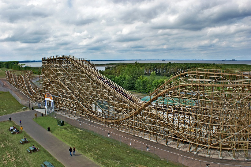 zippin21 A Z Coaster of the Week: Zippin Pippin