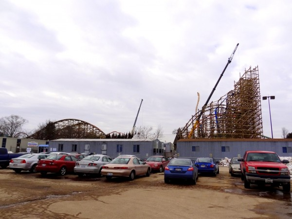 032 600x450 Goliath Construction at Six Flags Great America