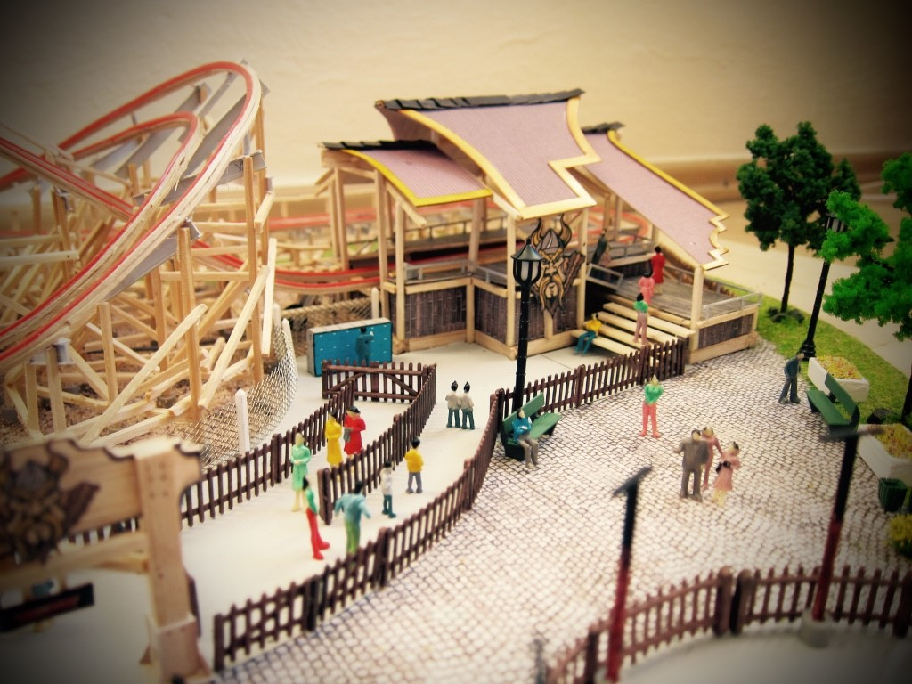 Wooden Coaster Model You Have to See to Believe - Coaster101