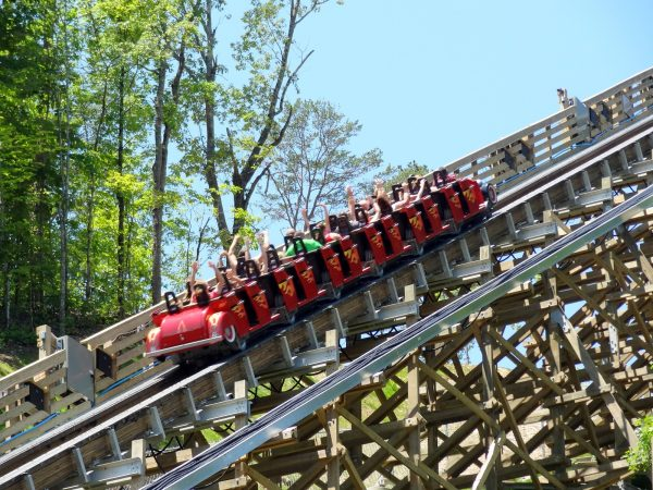 Lightning Rod wooden coaster launch at Dollywood