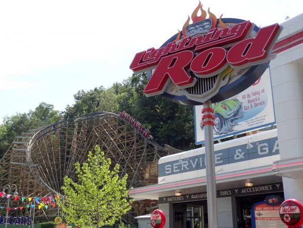 Lightning Rod review launched, fastest wooden roller coaster, new for 2016 at Dollywood