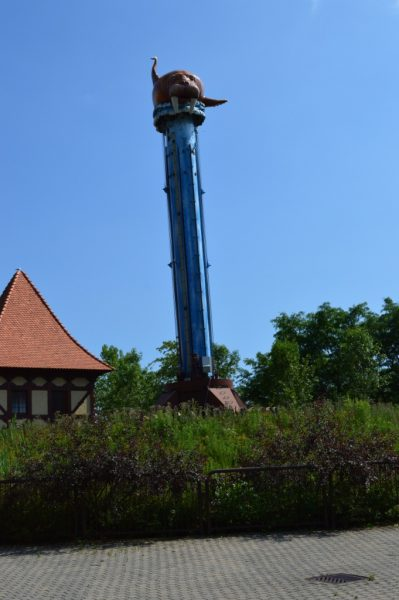 marineland topple tower