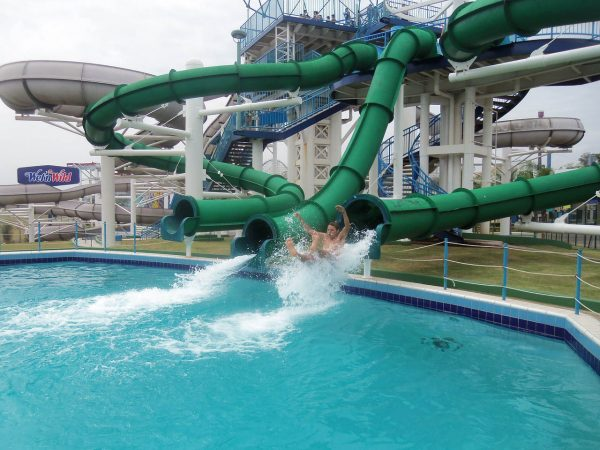 2016 water park trends