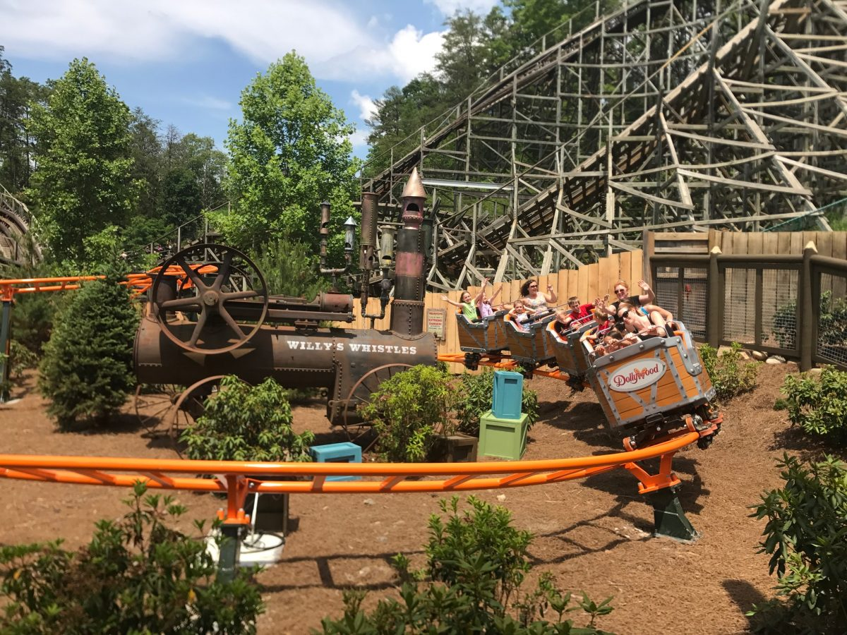 Reviews: Whistle Punk Chaser, Front Porch Cafe at Dollywood - Coaster101