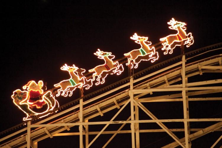Hershey Park Christmas.Hersheypark S Christmas Candylane 2017 Begins Coaster101