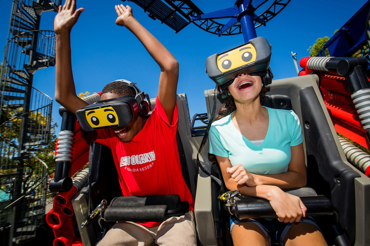 Canopied Bed Legoland Florida Opens Great Lego Race Vr Coaster Coaster101